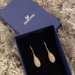 *REDUCED* BNWB Swarovski Rose Gold Ombré Earrings